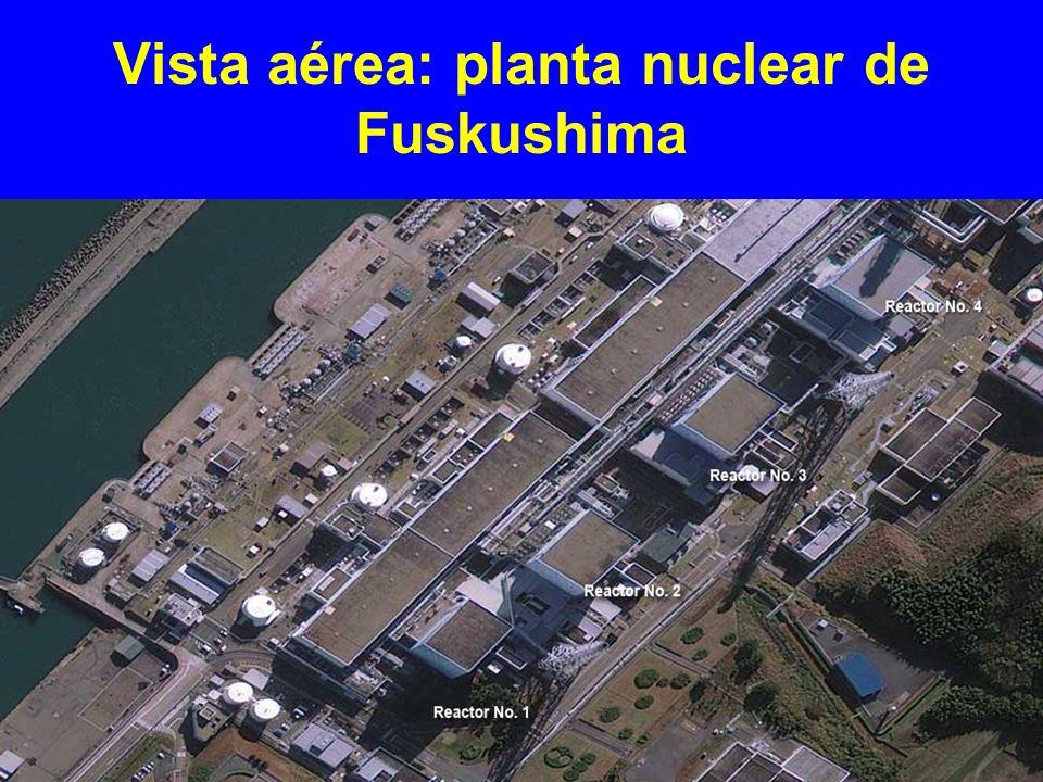 Vista aérea: planta nuclear de Fuskushima