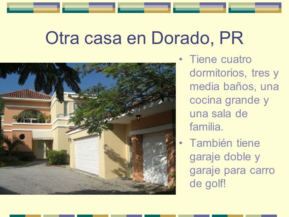Otra casa en Dorado, PR Tiene cuatro dormitorios, tres y media baños, una cocina grande y una sala de familia. También tiene garaje doble y garaje par