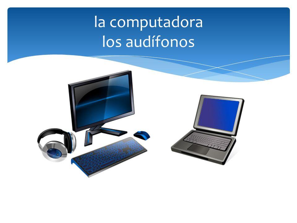 la computadora los audífonos
