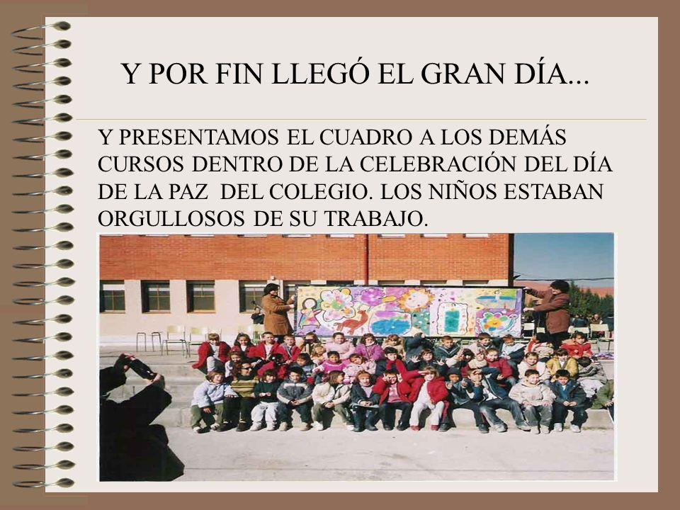PEGABAN RESTOS DE DISTINTOS MATERIALES PARA CUBRIR LOS ESPACIOS ENTRE LOS PERSONAJES PRINCIPALES, POR EJEMPLO: TROCITOS DE LANA, DE PAJITAS, PAPELES DE COLORES...