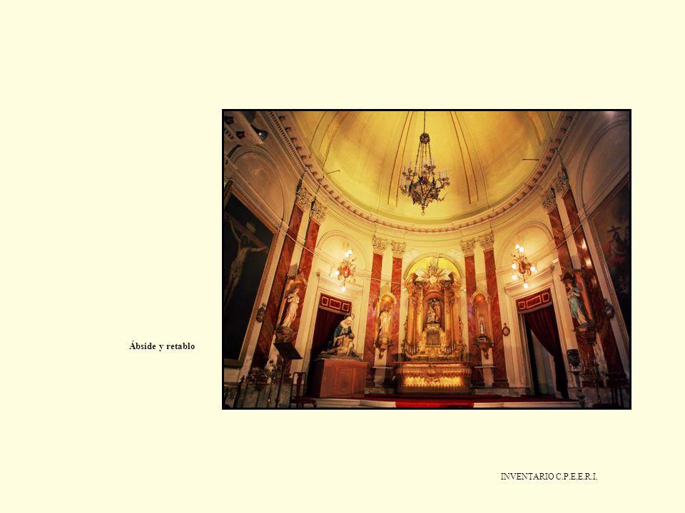 Ábside y retablo
