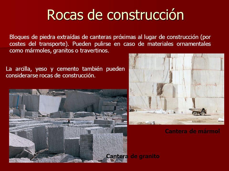 Rocas de construcción La arcilla, yeso y cemento también pueden considerarse rocas de construcción. Cantera de granito Bloques de piedra extraídas de
