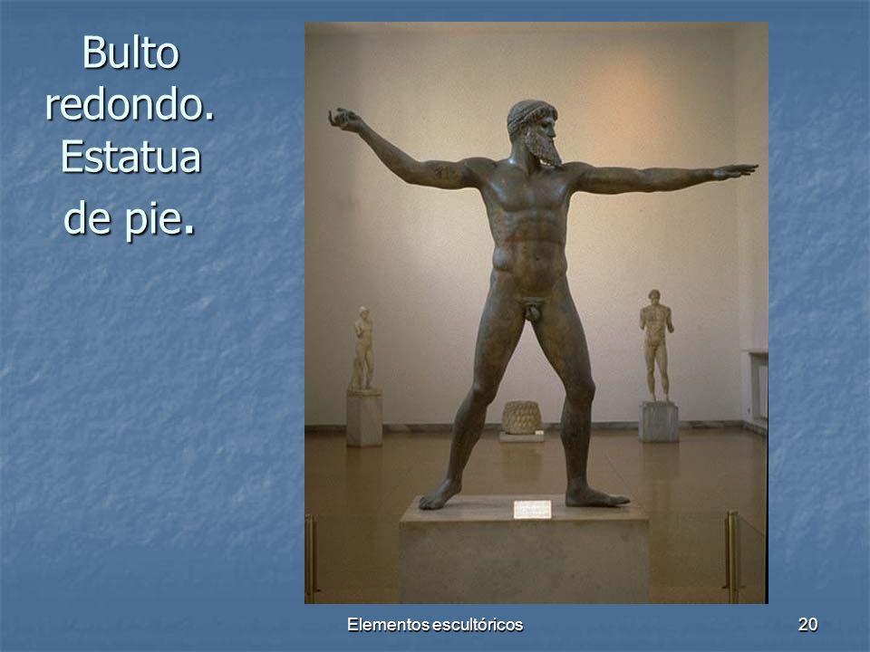 Elementos escultóricos20 Bulto redondo. Estatua de pie.