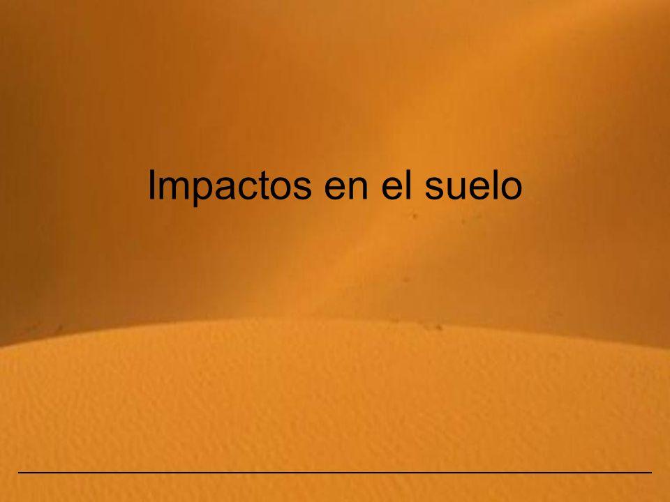 Eduardo Gómez2 Interfase de los sistemas terrestres Impactos en el suelo Son consecuencia de la actividad humana y ocasionan el empobrecimiento y contaminación del suelo, degradación biológica y desertización.