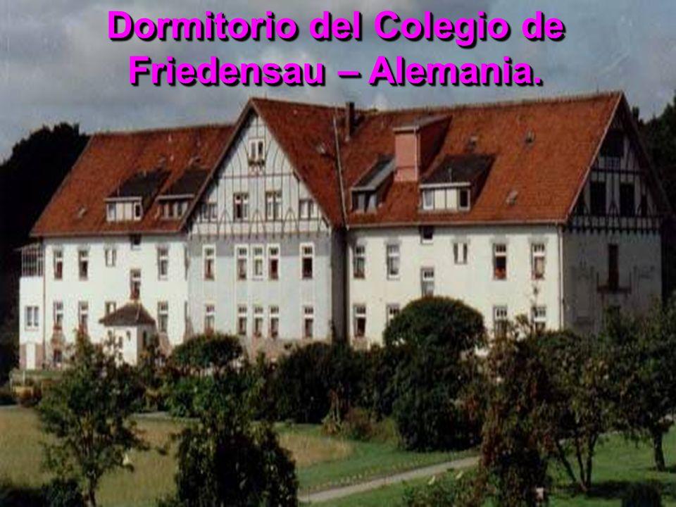 Dormitorio del Colegio de Friedensau – Alemania.