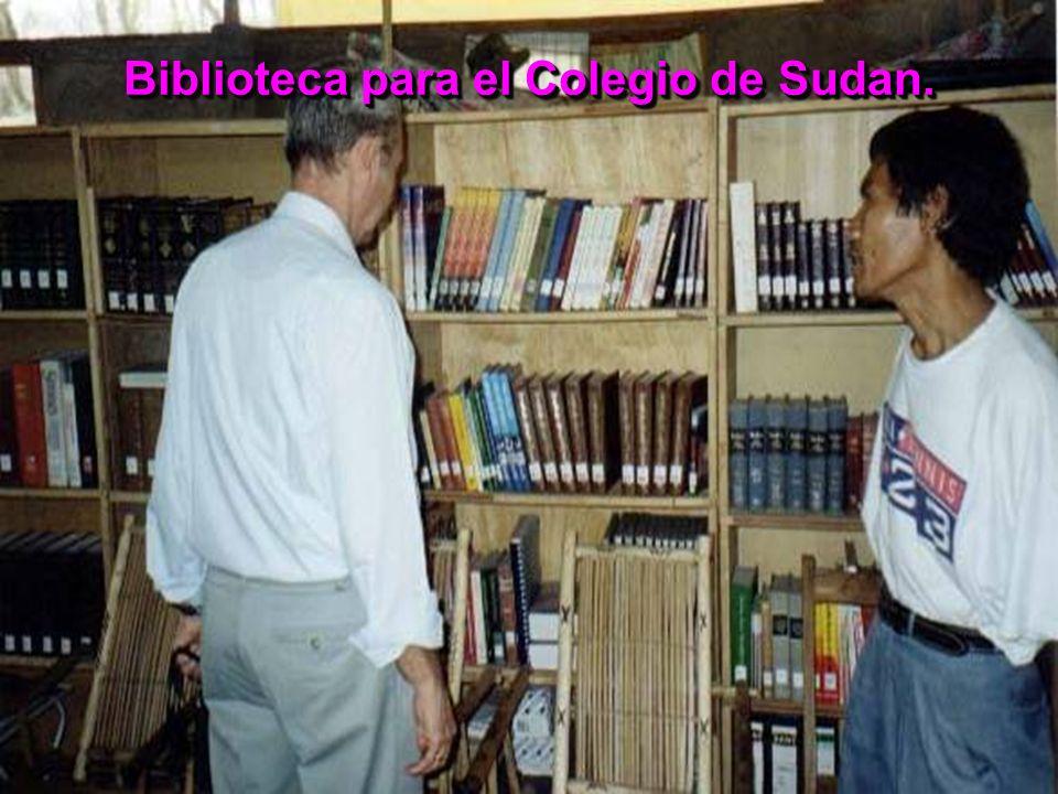 Biblioteca para el Colegio de Sudan.