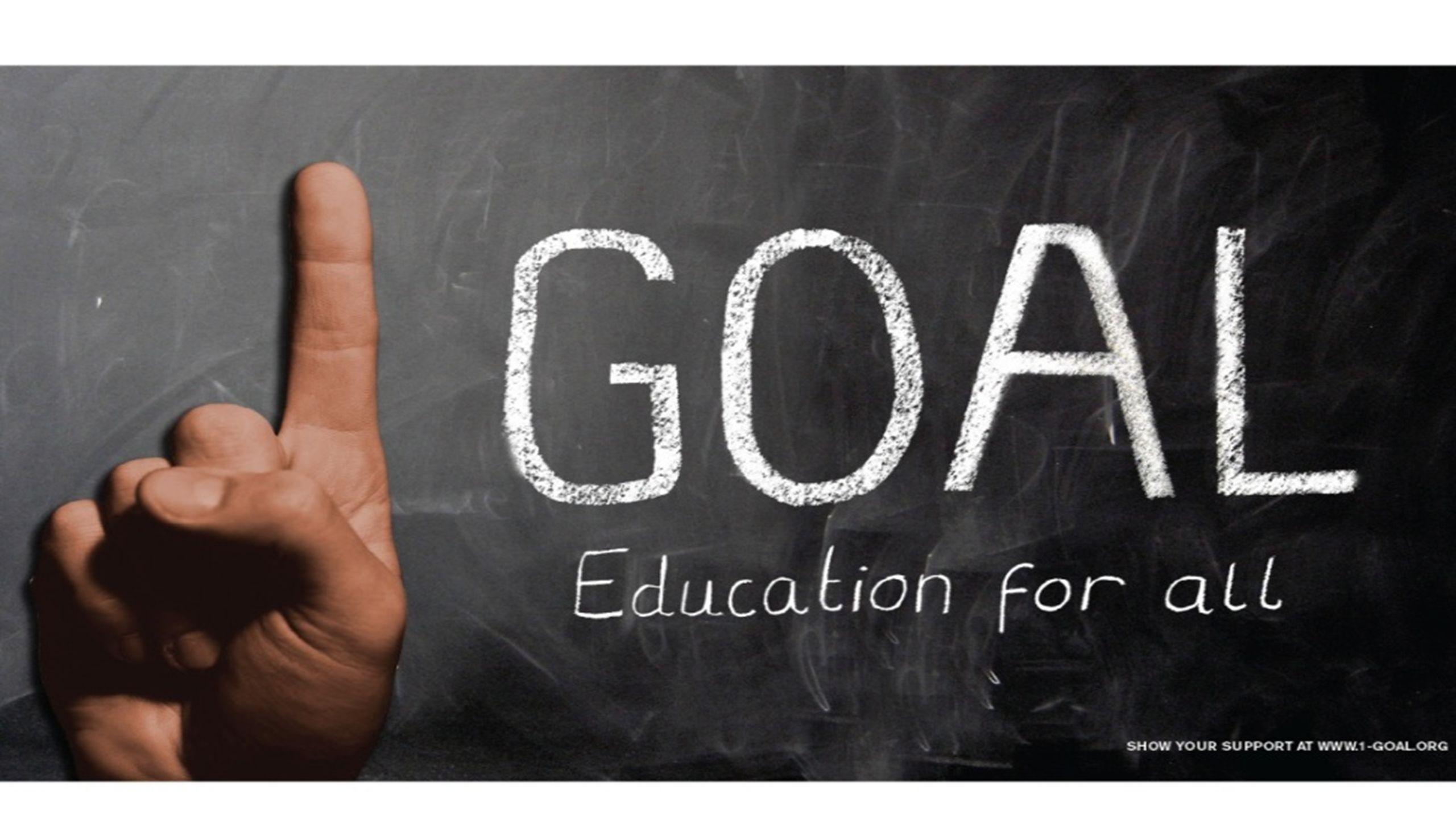 La CME y la Clase de 2015 * 1 GOL forma parte de la iniciativa de la Clase de 2015, que está liderada por la Campaña Mundial por la Educación y cuenta con el apoyo de personas influyentes, organizaciones benéficas, sindicatos de docentes, grupos religiosos, empresas privadas, gobiernos comprometidos y la FIFA.