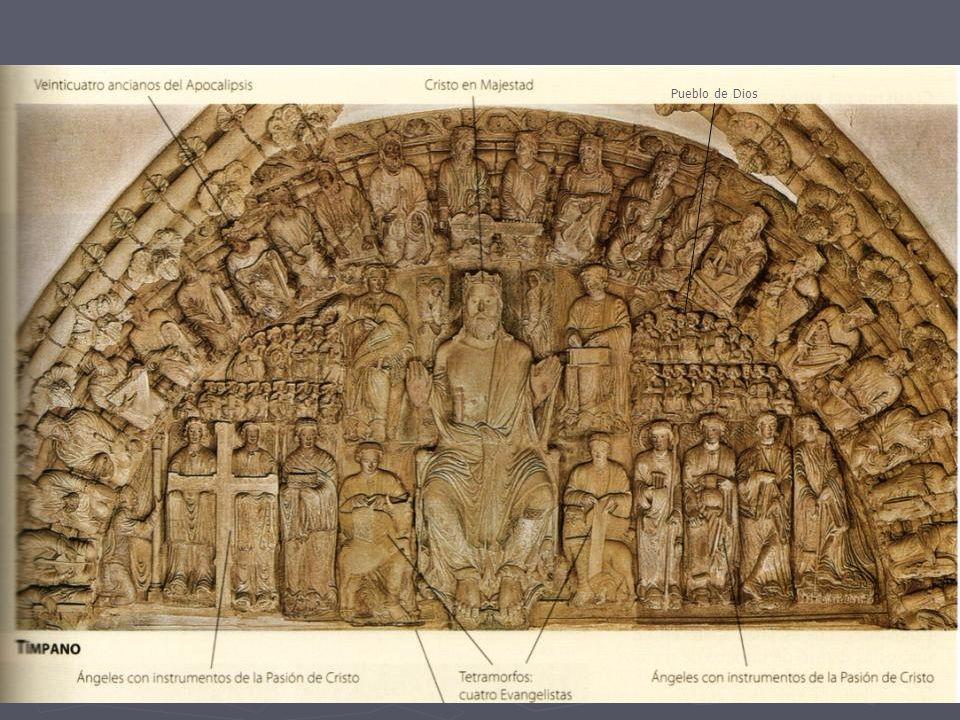 En la parte alta del pateluz, el apóstol Santiago recibe a los peregrinos.