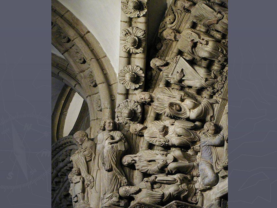 El Maestro Mateo amplió la nave principal de la Catedral y construyó la cripta que sirve de apoyo al Pórtico de la Gloria.