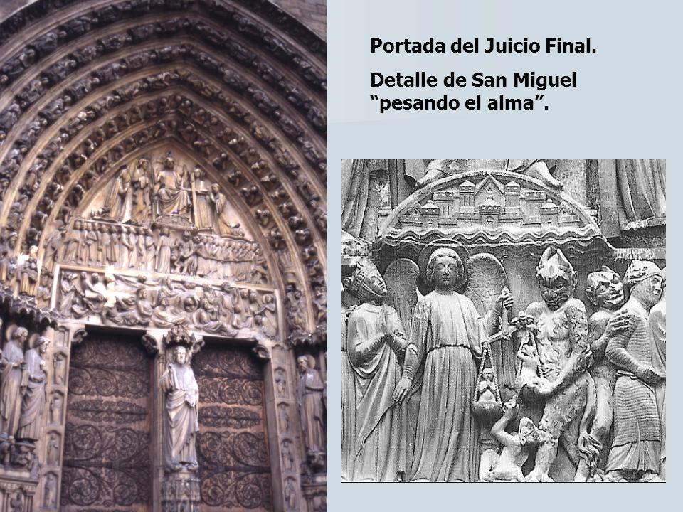 Portada del Juicio Final. Detalle de San Miguel pesando el alma.
