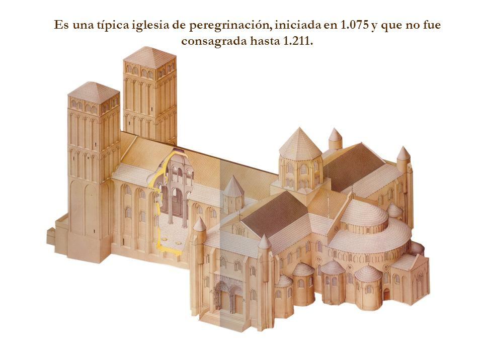 Es una típica iglesia de peregrinación, iniciada en 1.075 y que no fue consagrada hasta 1.211.