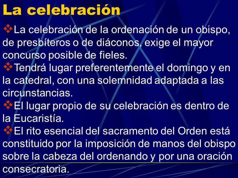 Corresponde a los diáconos: asistir al obispo y a los presbíteros en la celebración de los divinos misterios sobre todo de la Eucaristía y en la distr