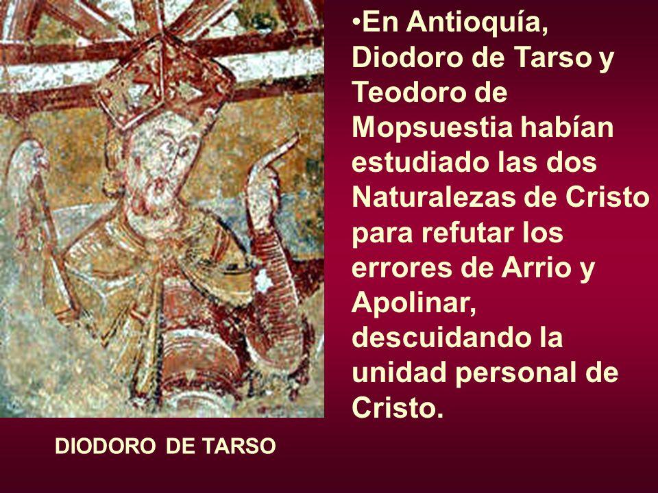 Influido por las ideas de Teodoro de Mopsuestia y del presbítero Anastasio, que decía que María no podía llamarse Madre de Dios, Nestorio afirma que María es Christotokos, pero no Theotocos.