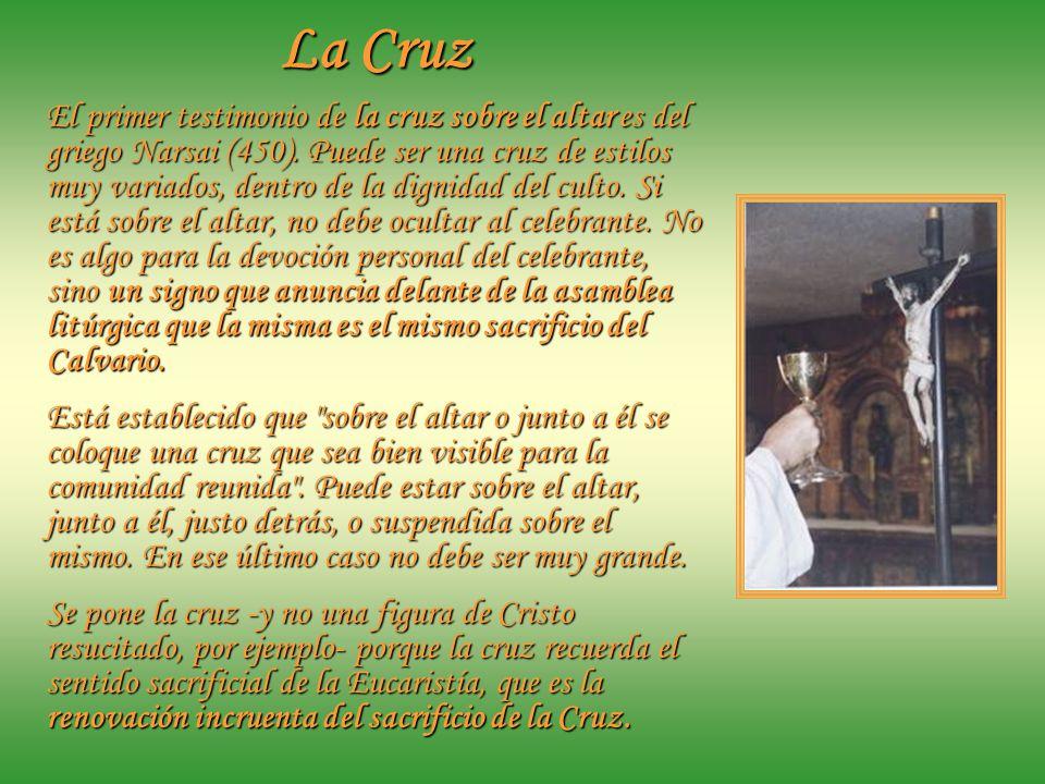 El Mantel Mantel de altar Cubriendo el altar, que es mesa festiva donde Jesús se nos ofrece como alimento, se coloca el Mantel. En la tradición occide