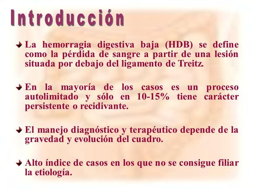 La hemorragia digestiva baja (HDB) se define como la pérdida de sangre a partir de una lesión situada por debajo del ligamento de Treitz. En la mayorí