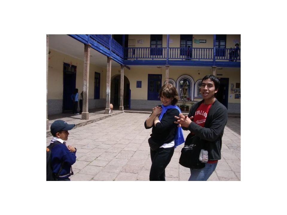 Brain Gym en Cusco, Perú: En el interior del patio