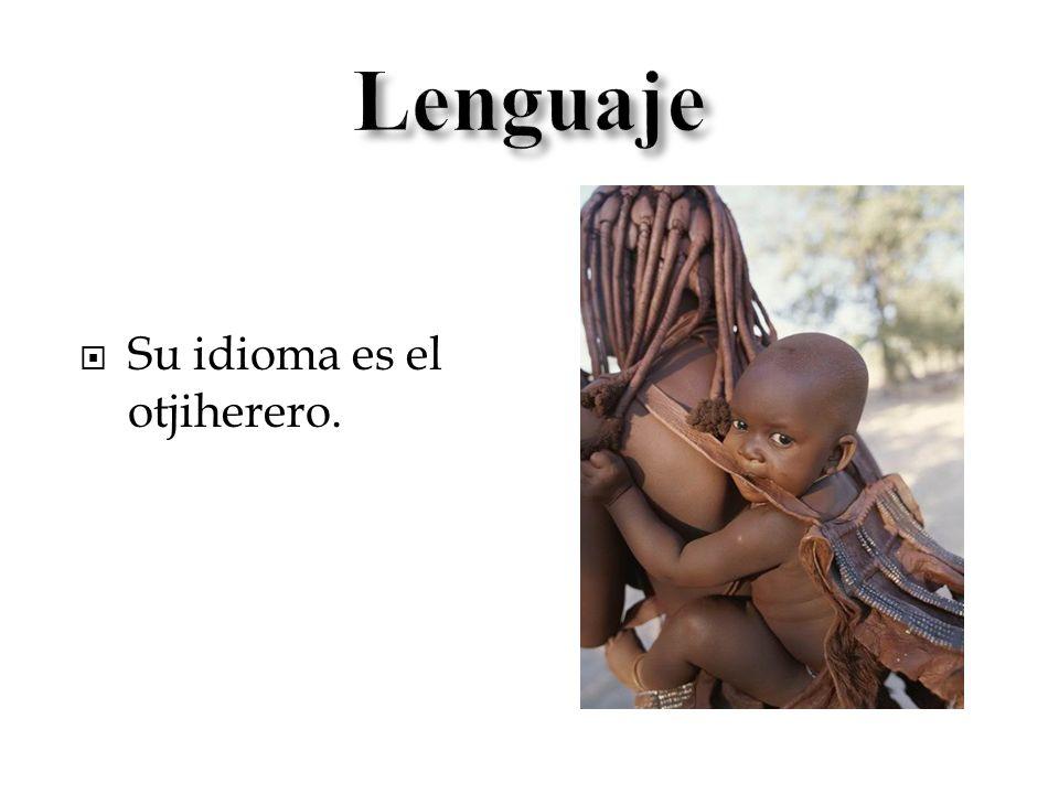La vivienda Himba es construida en forma circular.