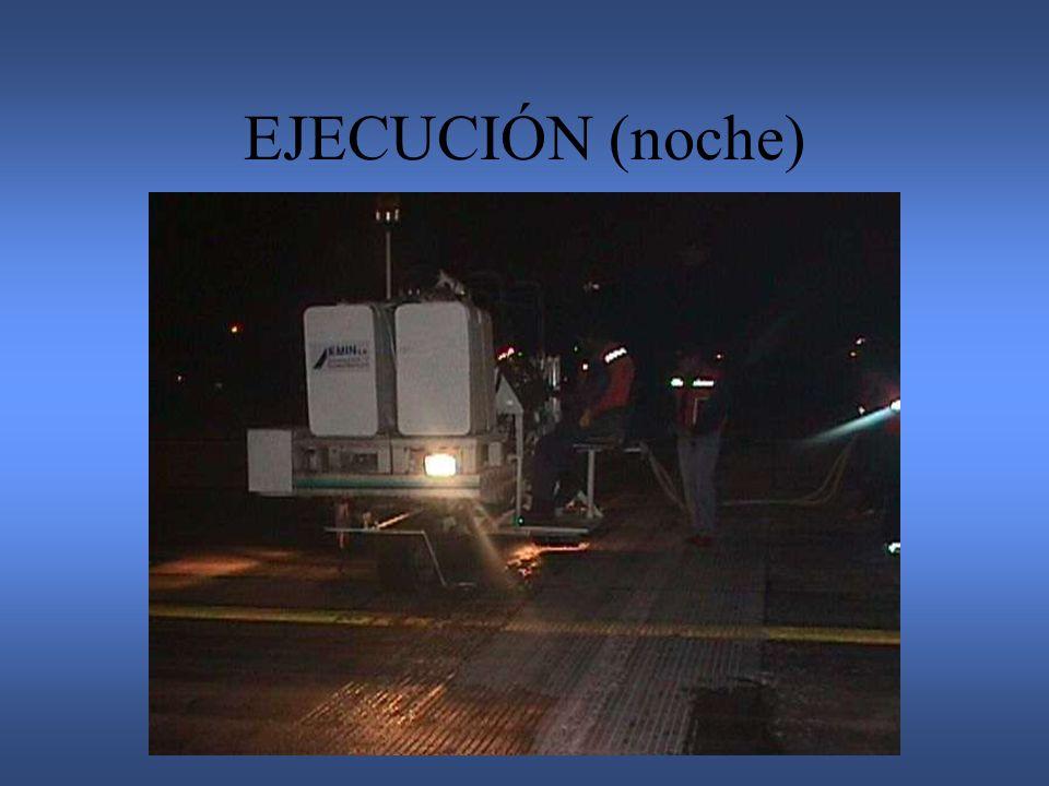 EJECUCIÓN (noche)