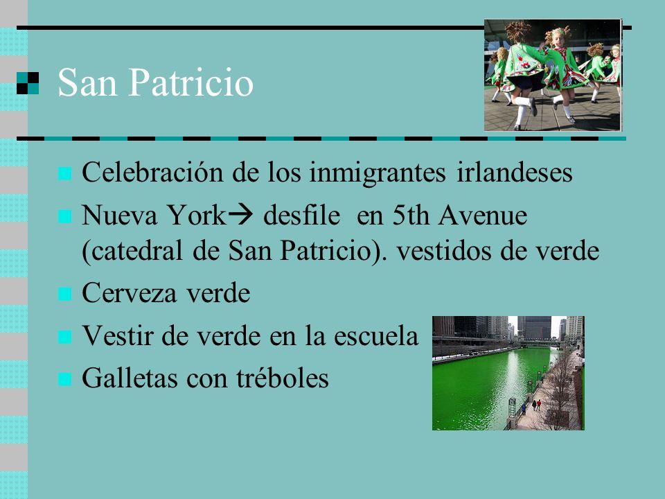 San Patricio Celebración de los inmigrantes irlandeses Nueva York desfile en 5th Avenue (catedral de San Patricio). vestidos de verde Cerveza verde Ve