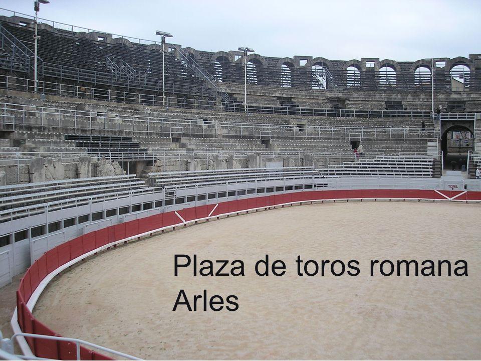 Plaza de toros romana Arles
