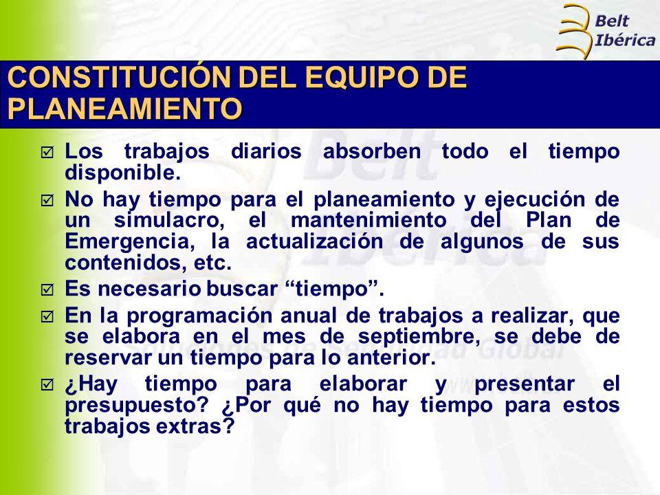 EQUIPO DE PLANEAMIENTO El Jefe de Protección Civil o de Emergencias, designa a una serie de técnicos para que lo constituyan, liberándolos de parte de sus cometidos rutinarios.
