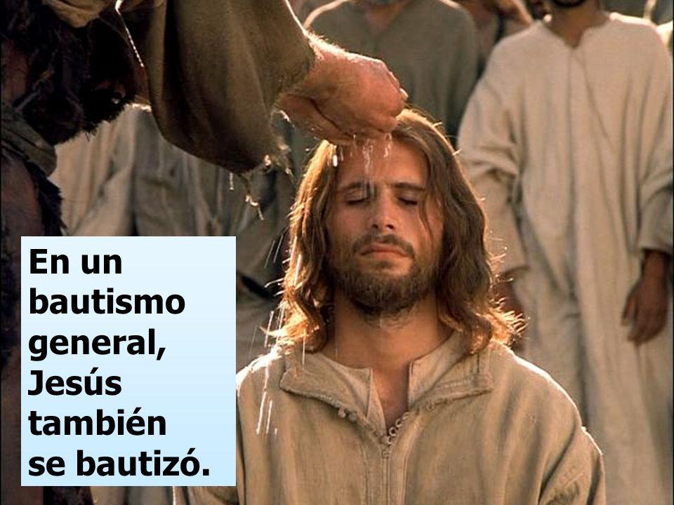 pero viene el que puede más que yo, y no merezco desatarle la correa de sus sandalias. Él os bautizará con Espíritu Santo y fuego.