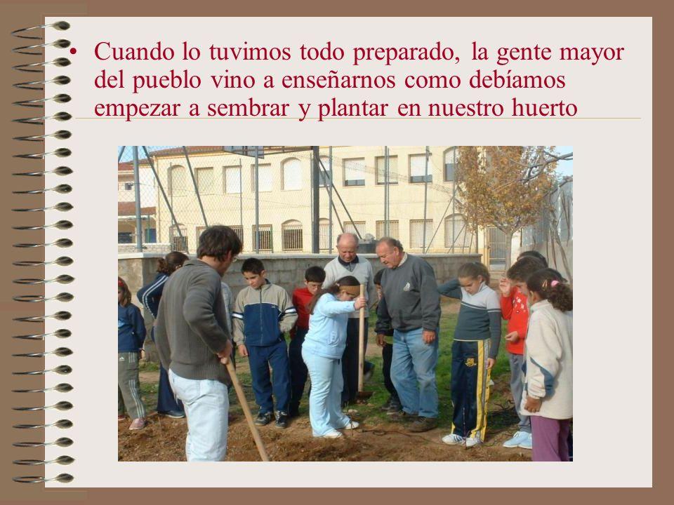 Este si es el huerto de El Herrumblar recién labrado Y este es el huerto de Villalpardo ya labrado y cuando empezamos a sembrar con los alumnos Bueno