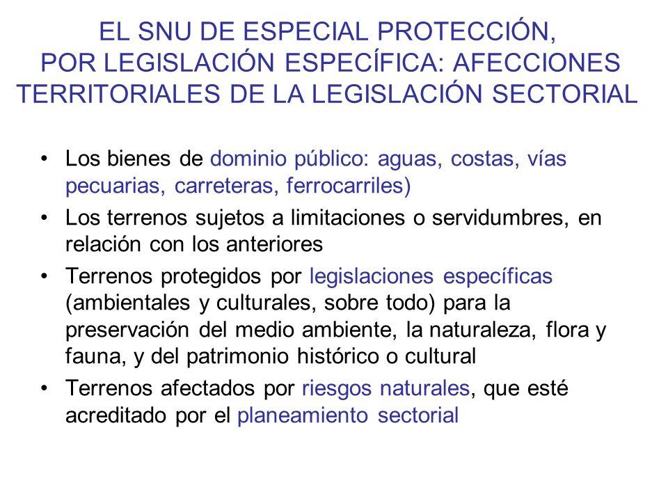 LA VIVIENDA UNIFAMILIAR EN SNU 30 de enero de 2012 se publicó en el BOJA el Decreto 2/2012, por el que se regula el régimen de las edificaciones y asentamientos existentes en suelo no urbanizable en la Comunidad de Andalucía.