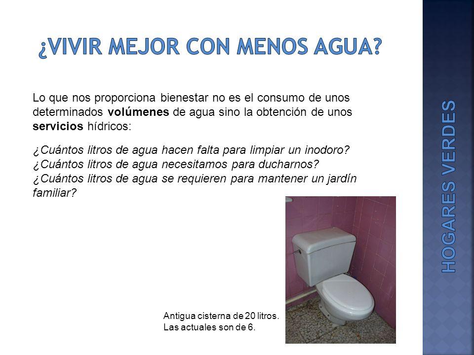 En el cuarto de baño se consumen más de las dos terceras partes del agua que se gasta en el hogar Fuente: VVAA (2009).
