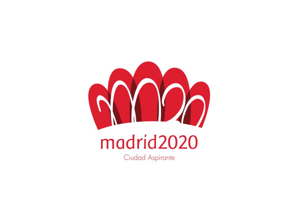 MOTIVACIÓN Y VISIÓN Acercar los valores del deporte y del Olimpismo a las personas Compartir la pasión por el deporte con una nueva generación de deportistas de todo el mundo Intensificar la integración de todos los grupos sociales a través del deporte y los Juegos Entusiasmar a los más jóvenes, integrarlos en el proyecto y ofrecerles oportunidades de futuro Estimular el desarrollo económico y social de Madrid y de toda España LO QUE MADRID OFRECE Atmosfera única para atletas, oficiales, familia olímpica y visitantes, en un entorno seguro, compacto, accesible y confortable, con excelentes sedes e infraestructuras Sistema de gestión SMART con criterios de innovación, sostenibilidad, riguroso control del gasto, simplificación de operativas de seguridad, transporte y logística, máxima accesibilidad y sostenibilidad, aplicable a futuras organizaciones Óptimas condiciones de trabajo para el CIO, FIs, CONs y medios de comunicación Juegos de la excelencia y la amabilidad, con un magnífico equipo de voluntarios Un legado más allá de lo puramente material (ver explicación más adelante)