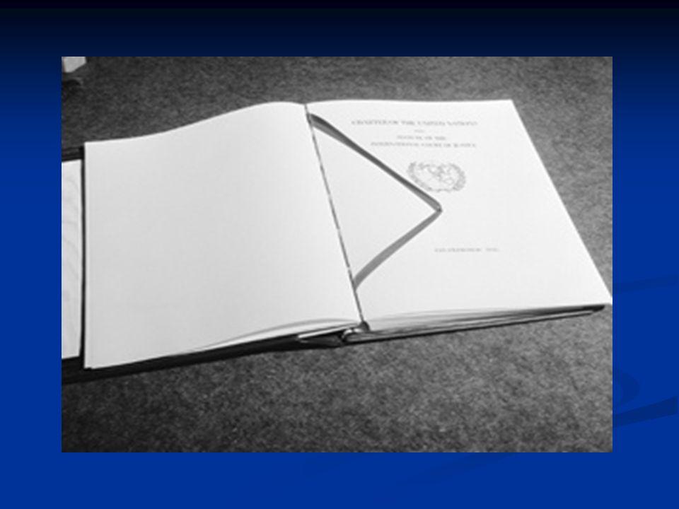 MIEMBROS Podrán ser Miembros Estados amantes de la paz Estados amantes de la paz Acepten las obligaciones consignadas en esta Carta, Acepten las obligaciones consignadas en esta Carta, A juicio de la Organización, estén capacitados para cumplir dichas obligaciones y se hallen dispuestos a hacerlo.