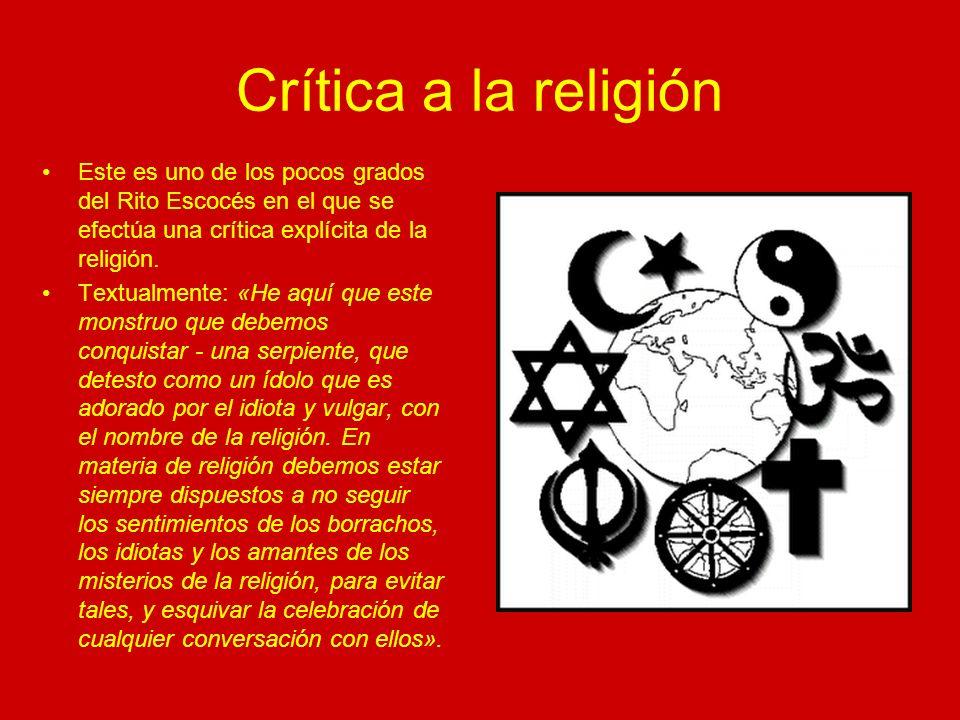 Crítica a la religión ¿Qué representa el Libro con la palabra Biblia en su cubierta.