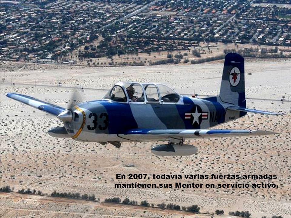 La Fuerza Aérea de Estados Unidos mantuvo sus unidades operativas hasta comienzos de los sesenta, mientras que la Armada los mantuvo hasta comienzos d