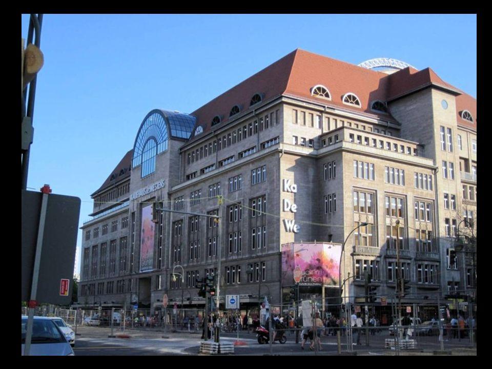 KaDeWe es uno de los centros comerciales más importantes de Berlín, pero también de los más caros y elitistas.