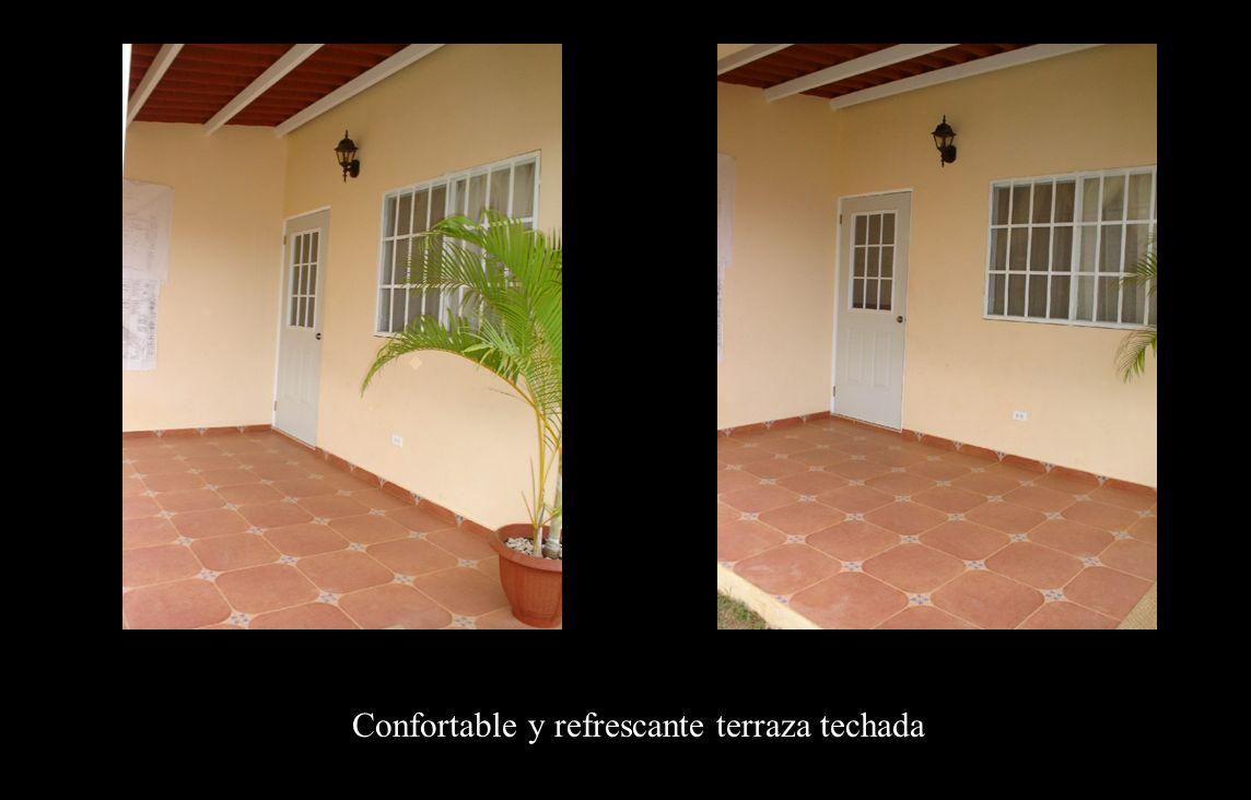 Terraza Confortable y refrescante terraza techada