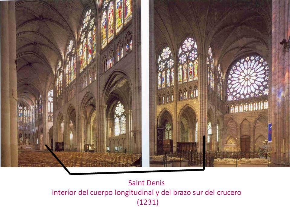 Saint Denis interior del cuerpo longitudinal y del brazo sur del crucero (1231)
