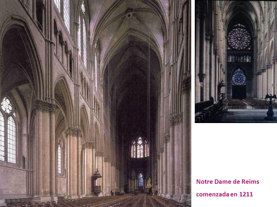 Notre Dame de Reims comenzada en 1211