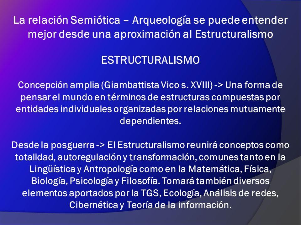 De manera más estricta, el Estructuralismo se asocia a la lingüística de Saussure, la cual enfatiza el estudio de las estructuras profundas, como las reglas, la gramática y los modelos, por sobre el análisis de los fenómenos superficiales, como los discursos, a los que considera accidentales y variables.