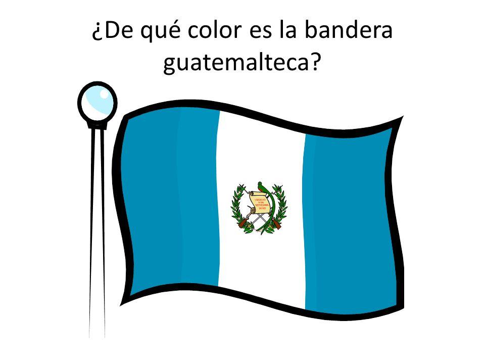¿De qué color es la bandera guatemalteca?
