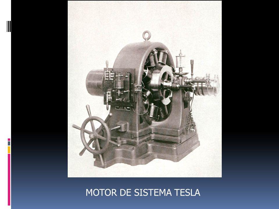 NIKOLA TESLA CON LOS REPRESENTANTES DE WESTINGHOUSE ELECTRIC MAYO 10, 1938, EXPLICANDO LA ROTACION DE EL CAMPO MAGNETICO