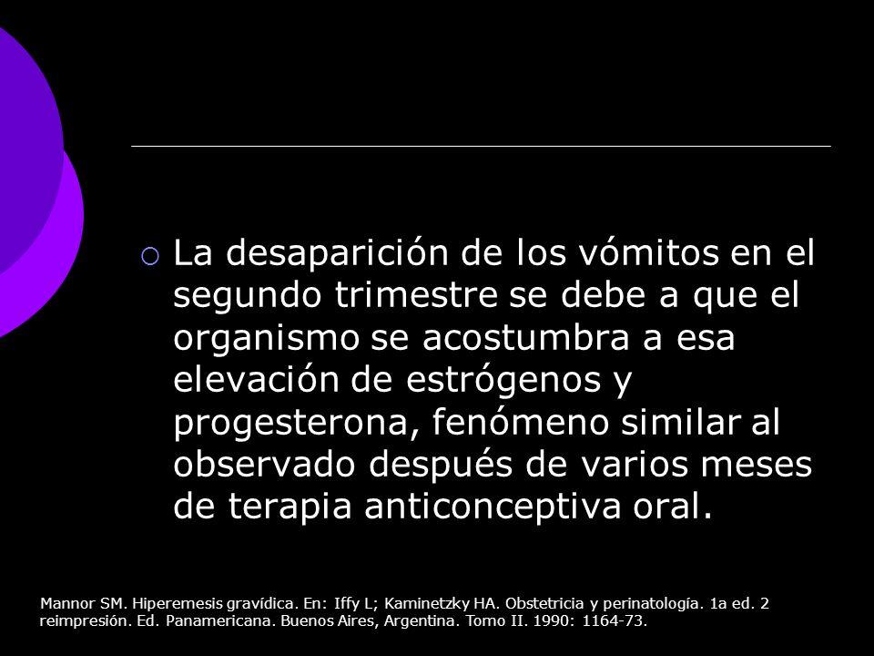 La desaparición de los vómitos en el segundo trimestre se debe a que el organismo se acostumbra a esa elevación de estrógenos y progesterona, fenómeno