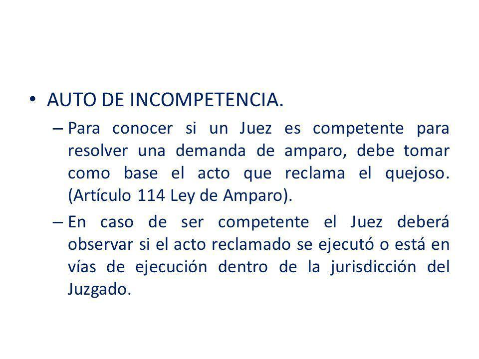 – Si el Juez de Distrito llegare a detectar alguna razón por la cual no deba conocer del asunto, emitirá un acuerdo en el que declarara que es incompetente y remitirá el asunto al Juzgado que crea que tiene competencia.
