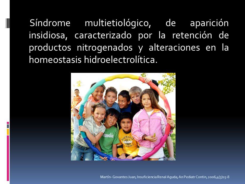 Síndrome multietiológico, de aparición insidiosa, caracterizado por la retención de productos nitrogenados y alteraciones en la homeostasis hidroelect