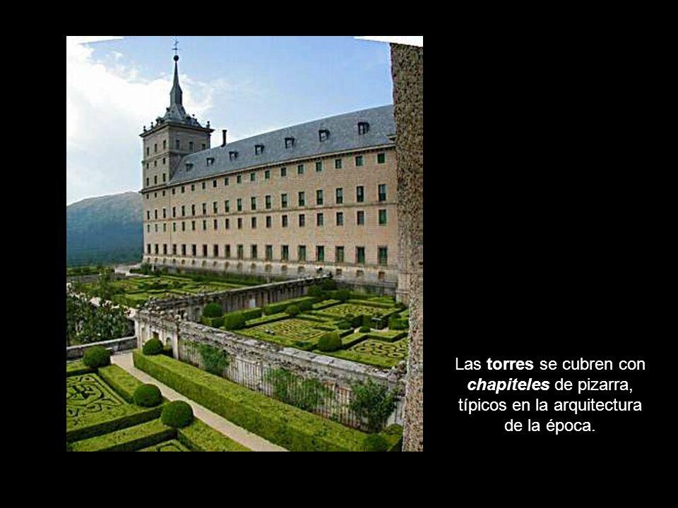 Detalles del alzado Las torres se cubren con chapiteles de pizarra, típicos en la arquitectura de la época.