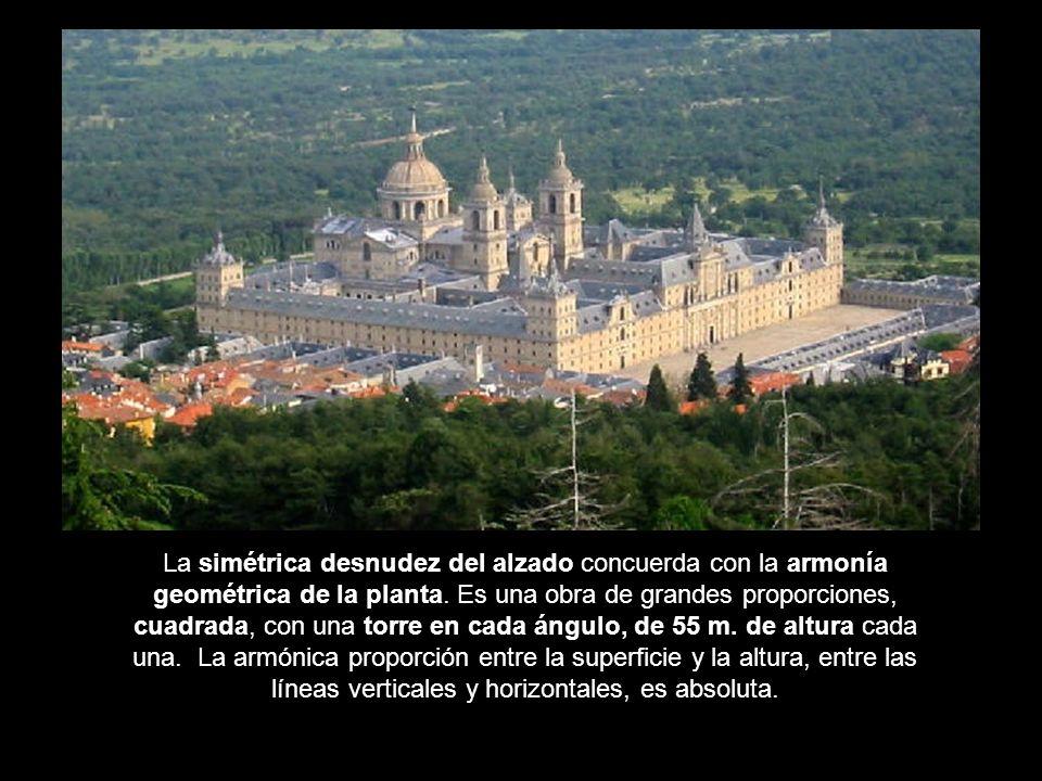 Vista general Su construcción se inició en 1563, para conmemorar la victoria española en la batalla de San Quintín.
