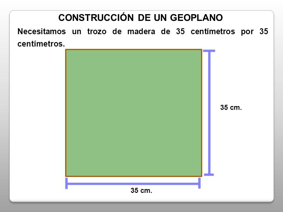 2,5 cm.Luego, formamos una cuadrícula de 5cm. por 5cm.