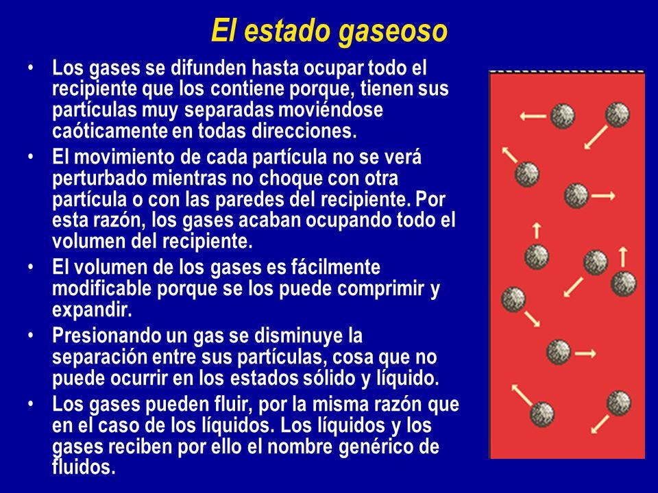 Los gases se difunden hasta ocupar todo el recipiente que los contiene porque, tienen sus partículas muy separadas moviéndose caóticamente en todas di