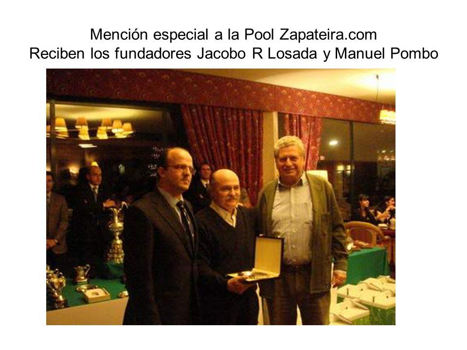 Mención especial a la Pool Zapateira.com Reciben los fundadores Jacobo R Losada y Manuel Pombo