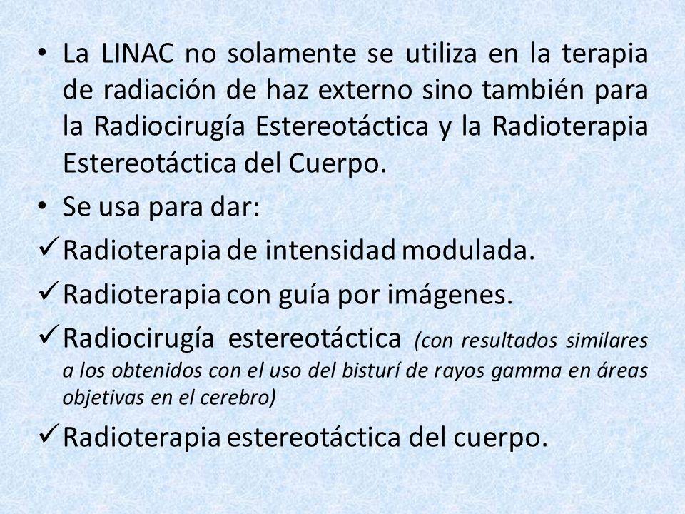 Radioterapia de haz externo La radioterapia externa se usa para dirigir los haces de radiación sumamente enfocados a los bordes del sitio donde se encuentra el cáncer para destruir las células anormales y evitar el crecimiento o la reaparición del tumor.