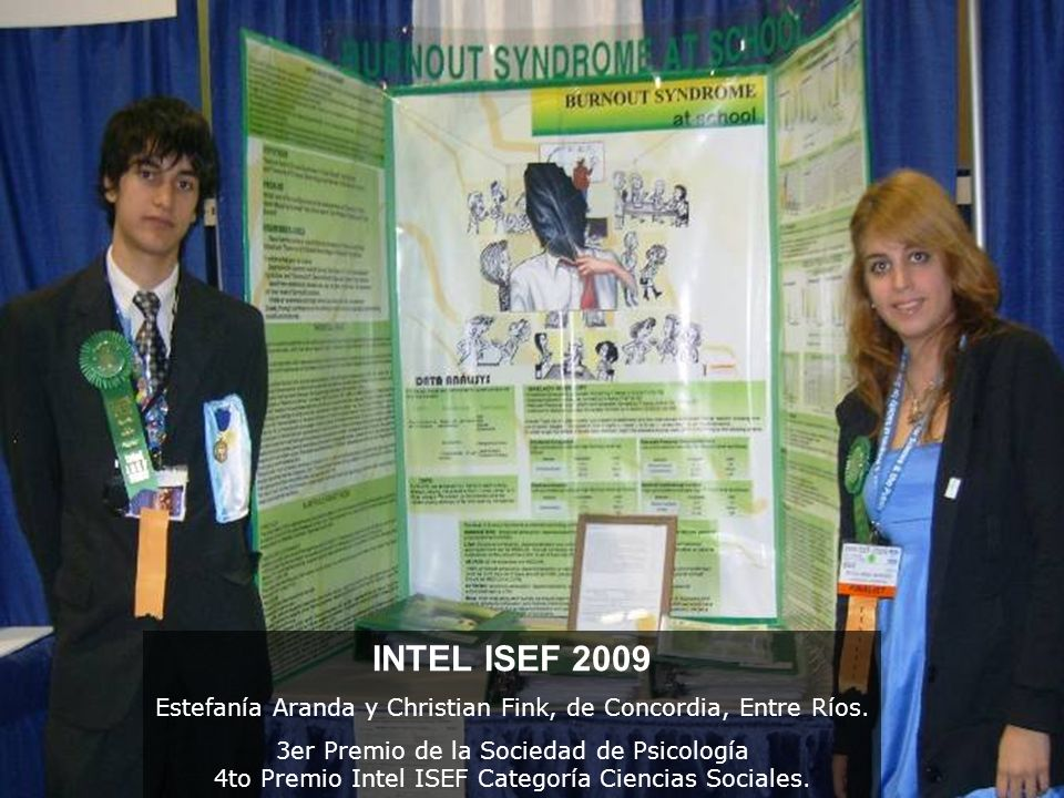 57 Recursos adicionales http://www.sciencebuddies.org/ http://www.ctsciencefair.org/student_guide/display _help.htmlhttp://www.ctsciencefair.org/student_guide/display _help.html http://school.discoveryeducation.com/sciencefairce ntral/Science-Fair-Presentations/How-to-Create-a- Winning-Science-Fair-Display-Board.htmlhttp://school.discoveryeducation.com/sciencefairce ntral/Science-Fair-Presentations/How-to-Create-a- Winning-Science-Fair-Display-Board.html http://chemistry.about.com/od/sciencefairprojects/ a/scienceposter.htmhttp://chemistry.about.com/od/sciencefairprojects/ a/scienceposter.htm http://youth.net/nsrc/webs.html